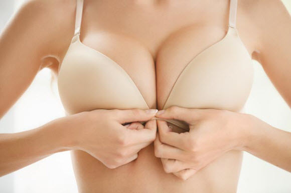 How To Avoid Saggy Breasts In 4 Easy Tips